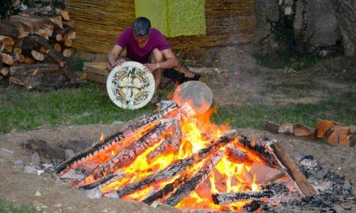 Préparation du rituel Inipi (hutte de sudation)