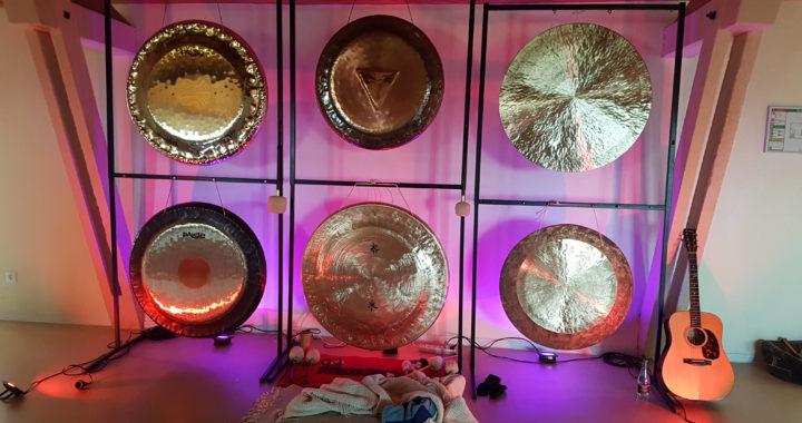 Yoga et bain de gongs