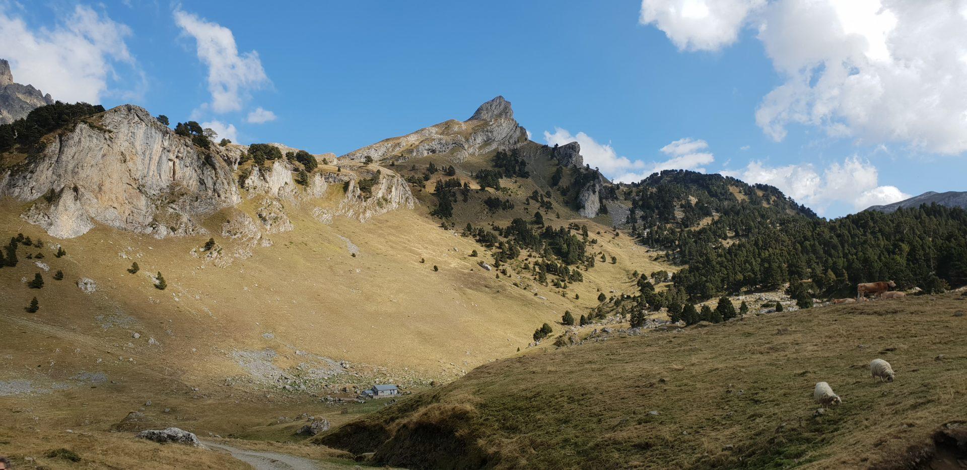 Yoga la voie du coeur Randonnée Pyrénées 09/20
